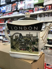 london picture teapot
